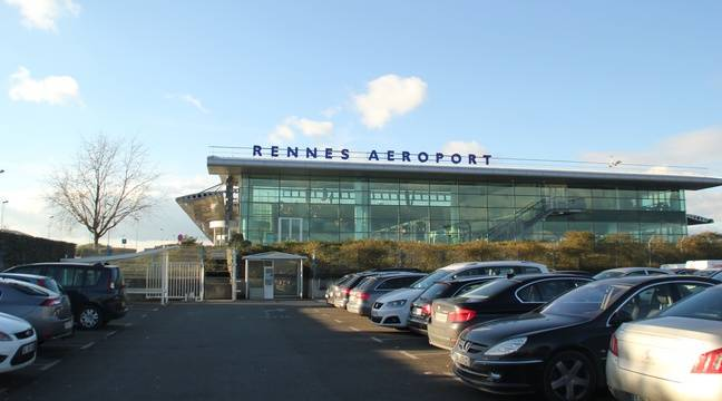 rennes un avion de tourisme atterrit en catastrophe l a roport de rennes. Black Bedroom Furniture Sets. Home Design Ideas