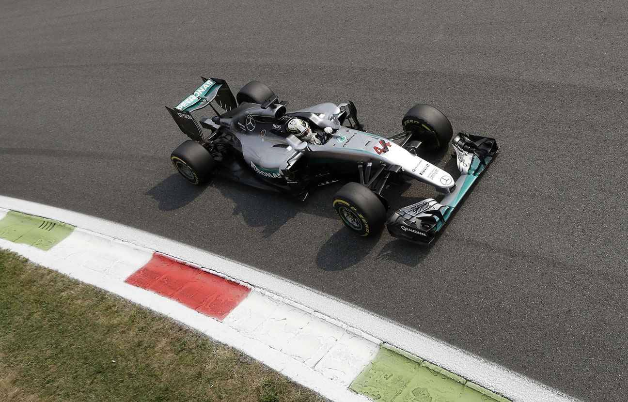 grand prix d 39 italie hamilton en pole position devant rosberg a va tre chaud monza. Black Bedroom Furniture Sets. Home Design Ideas