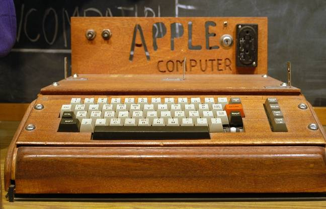 Apple 1, créé en 1976 par Steve Jobs et Steve Wozniak.