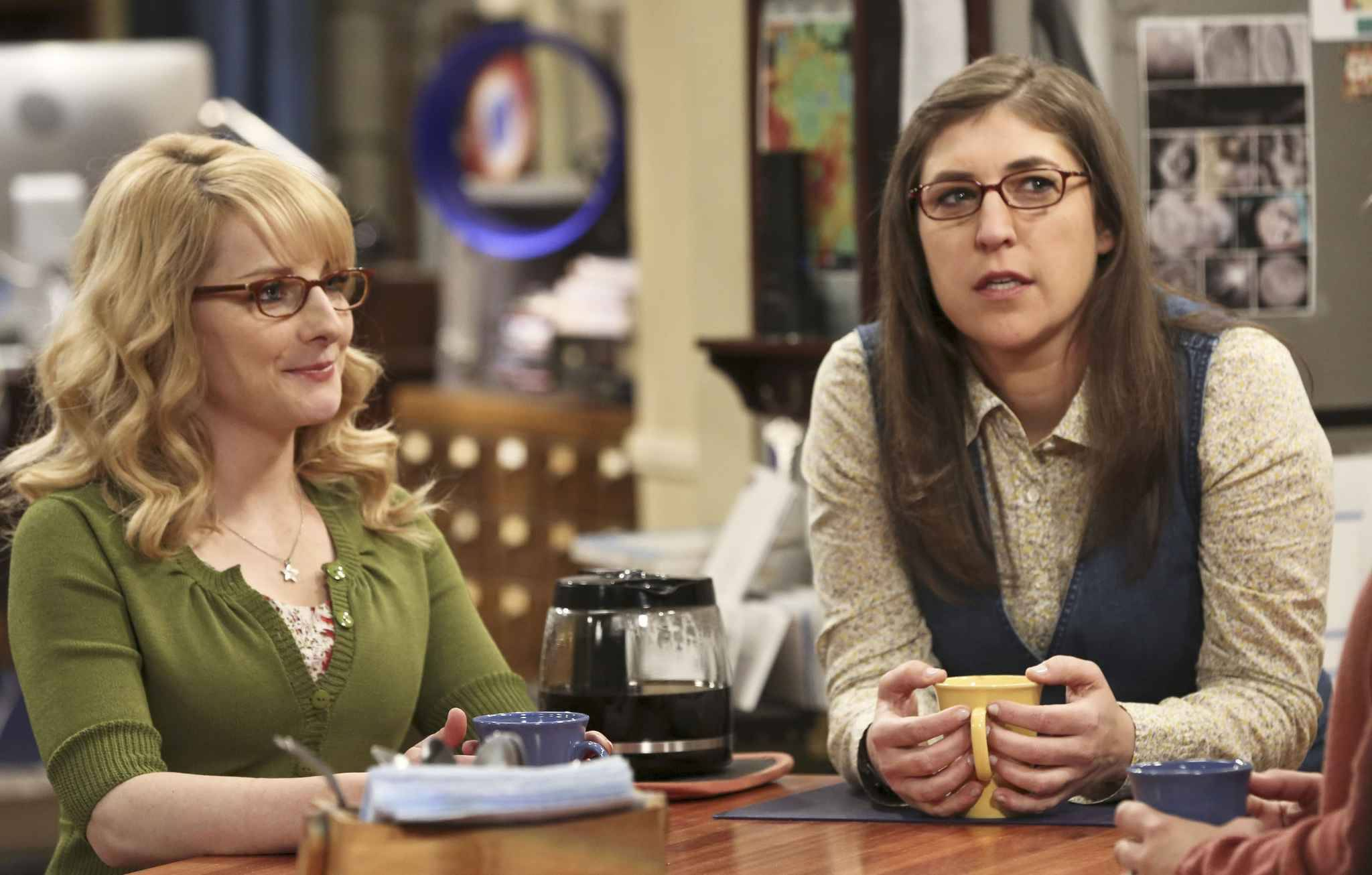 Le renouvellement de Big Bang Theory attend Amy et Bernadette