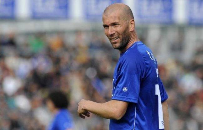 L'ancien champion du monde et international français Zinédine Zidane, lors d'un match caritatif pour son association ELA, le 8 mai 2010.