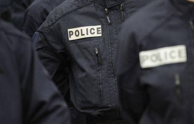 Illustration police: des policiers en uniforme.