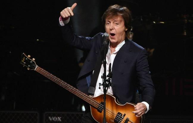 Paul McCartney lors d'un concert à Buffalo (Etat de New York) le 22 octobre 2015.