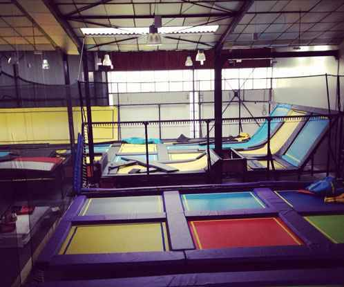 bordeaux un trampoline park ouvre ce jeudi pr s du nouveau stade. Black Bedroom Furniture Sets. Home Design Ideas