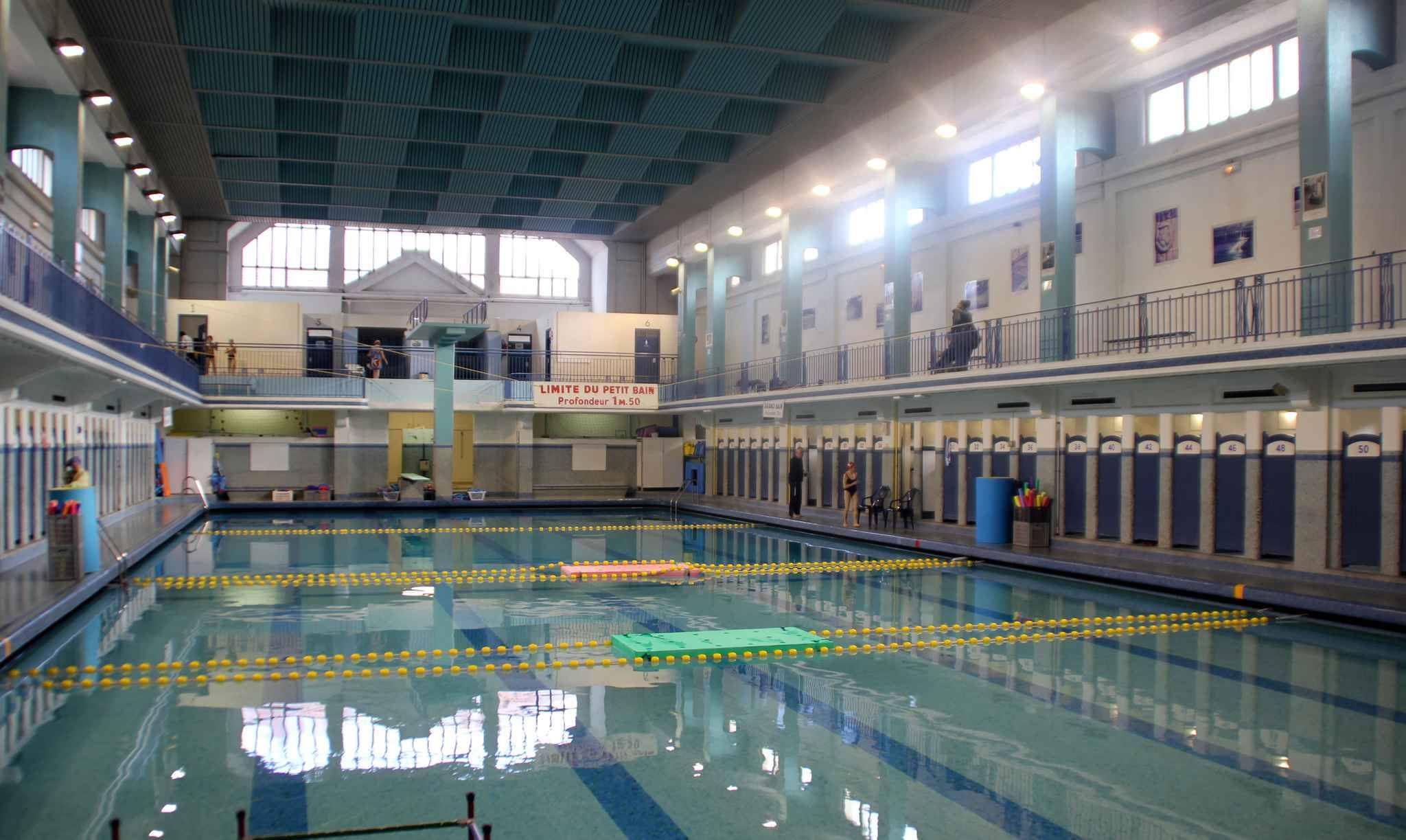 Rennes la piscine saint georges bient t class e aux for Piscine saintes