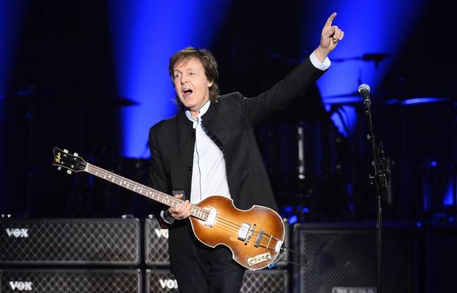 Paul McCartney en concert à l'Accor Hotel Arena (Bercy) de Paris, le 30 mai 2016.