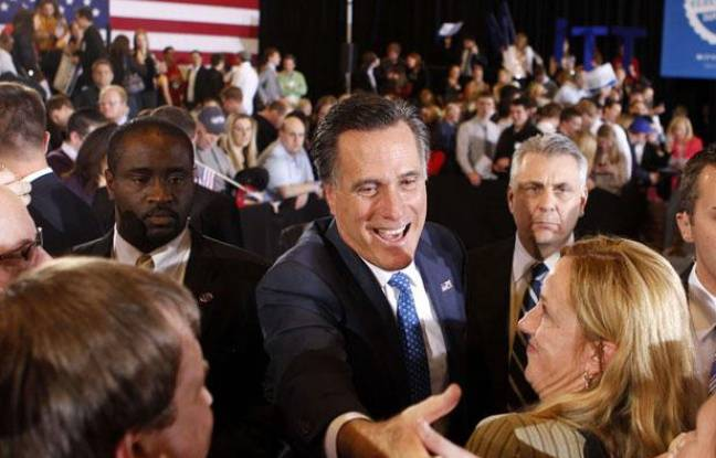 Mitt Romney à Boston avec ses sympathisants, après le Super Tuesday du 6 mars