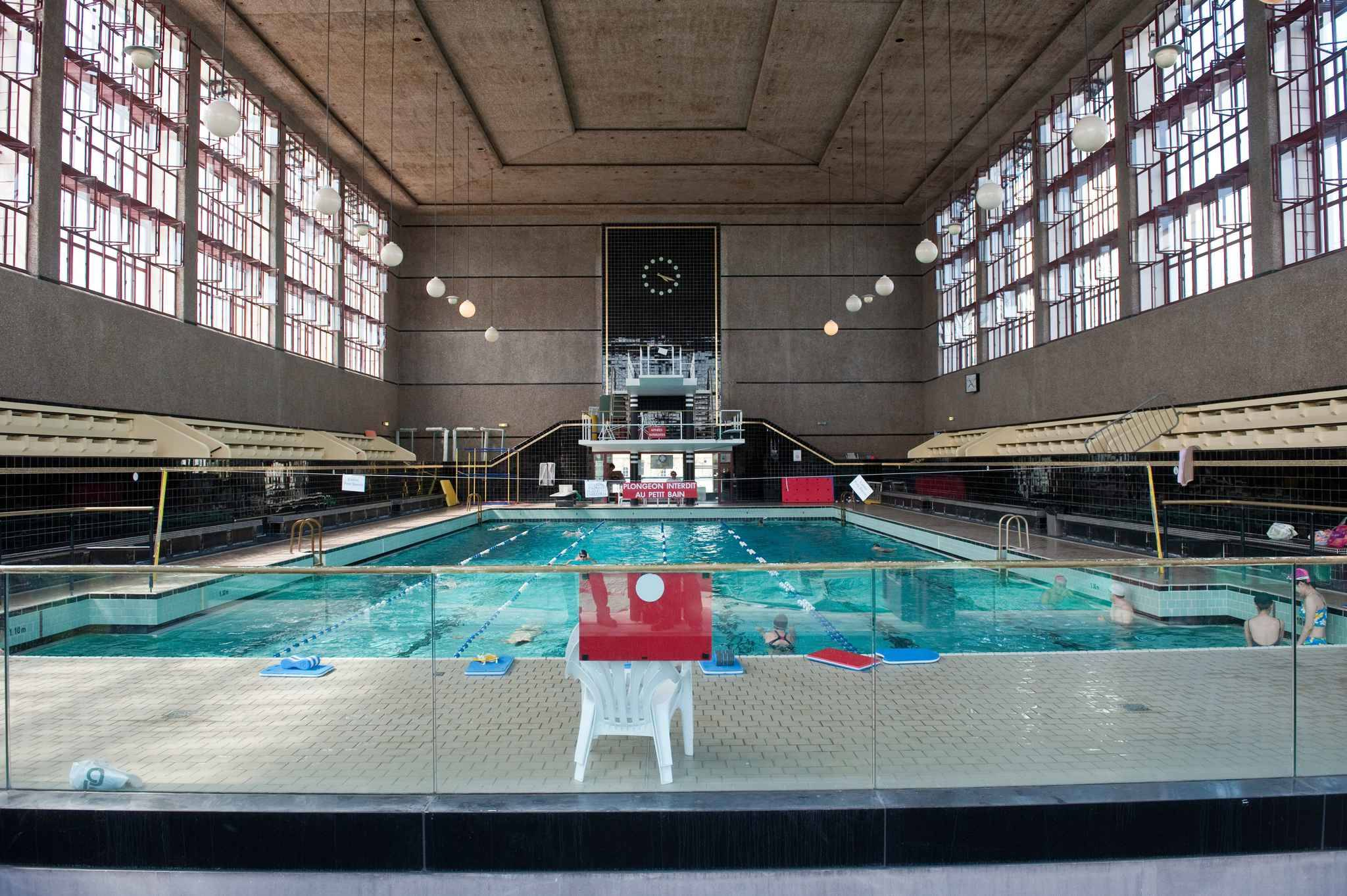 Bordeaux la m tropole veut rattraper son retard avec un for Piscine judaique