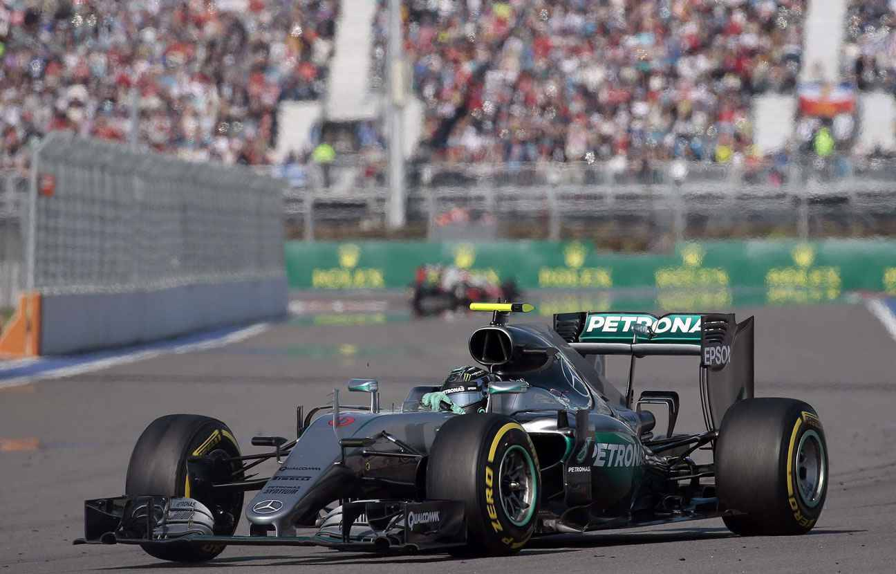 grand prix de russie nico rosberg encore imbattable. Black Bedroom Furniture Sets. Home Design Ideas