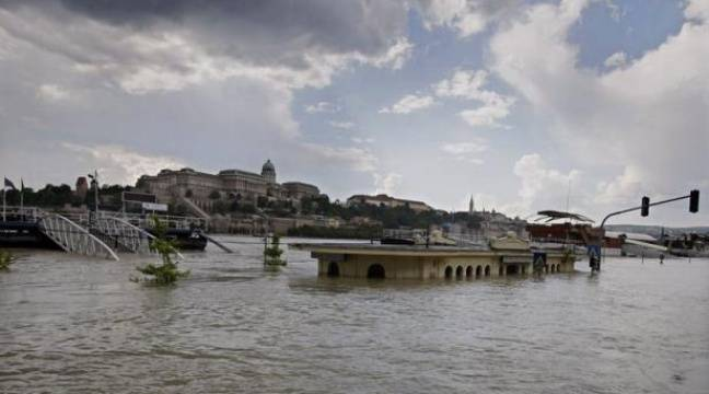 Inondations Record Du Danube 224 Budapest Les Digues