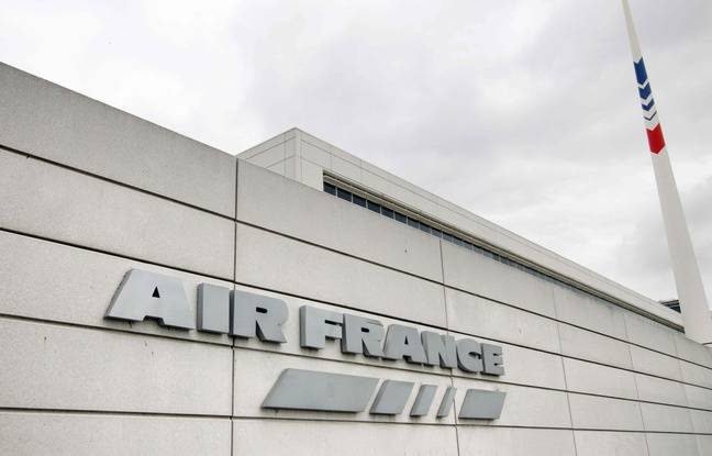 Le siège d'Air France à Roissy-en-France. AFP PHOTO / JOEL SAGET