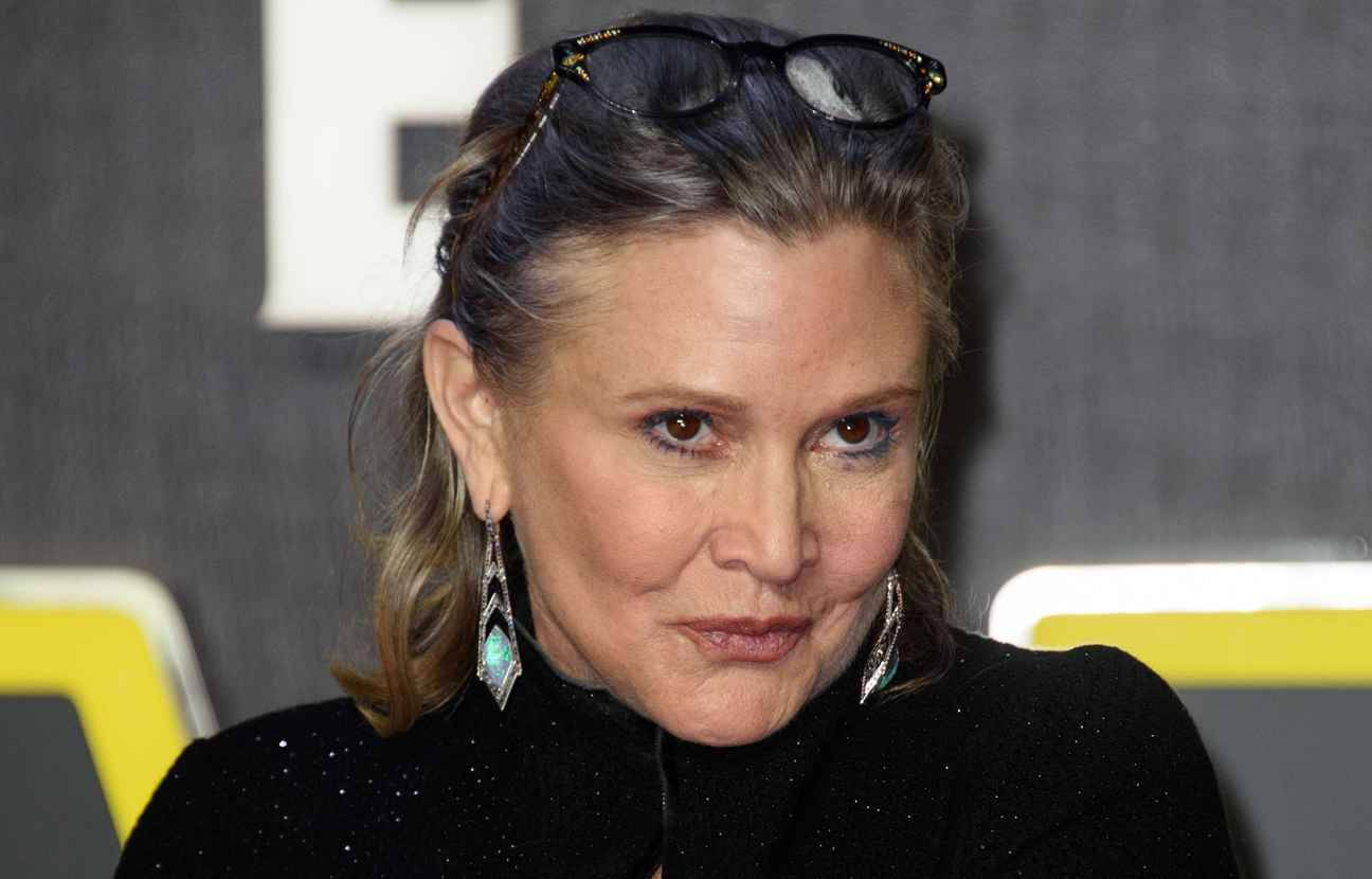 2048x1536-fit_carrie-fisher-actrice-star-wars-16-decembre-2015.jpg (1296×830)