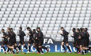 Les joueurs lyonnais à l'entraînement à la veille de la demi-finale de Ligue des champions contre le Bayern le 20 avril 2010.
