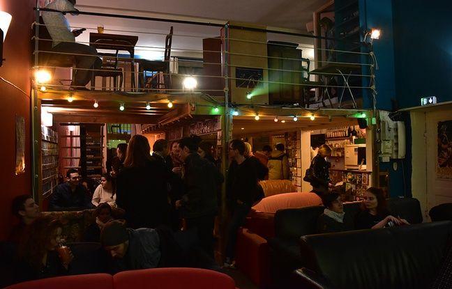 Aquarium Cine Cafe  Rue Dumont  Lyon