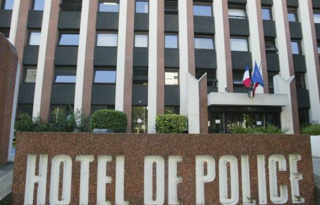 Lyon: Un homme suspecté d'avoir violenté trois membres de sa famille, son cousin entre la vie et la mort