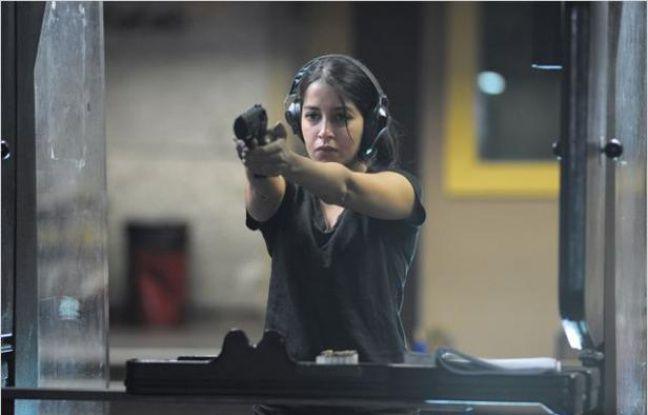 Leïla Bekhti dans le film «Mains armées».
