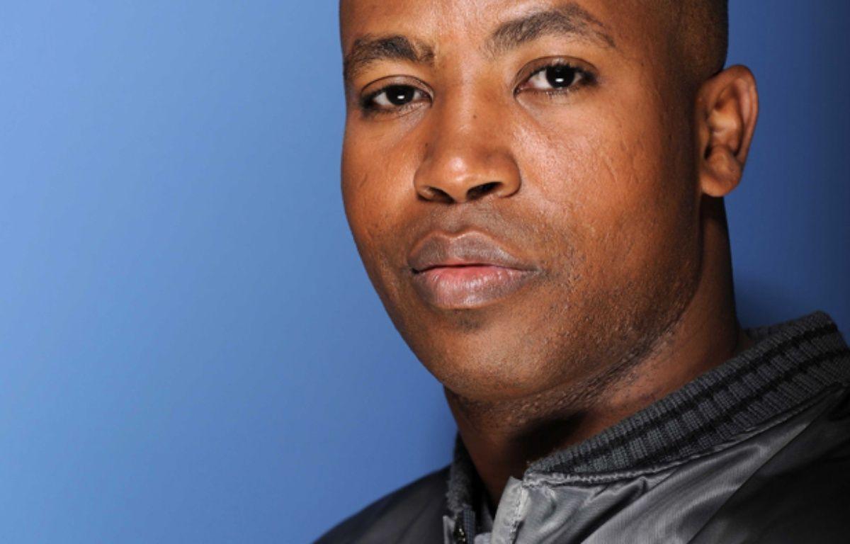 Rohff (Housni Mkouboi), rappeur francais. Photographie réalisee le 2 octobre 2009 à Paris à l'occasion du tournage de l'émission  – BALTEL/SIPA