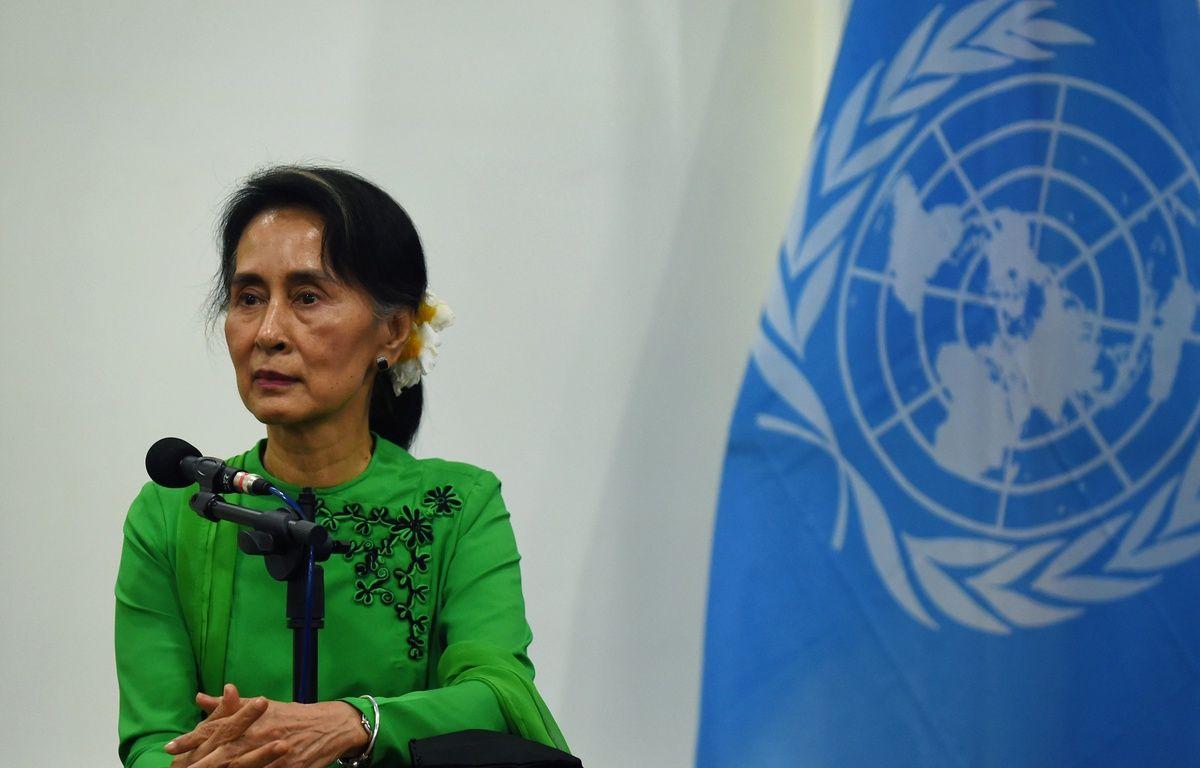 Aung San Suu Kyi, leader birmane de fait, est très critiquée pour sa gestion de la crise des Rohingyas. – ROMEO GACAD / AFP