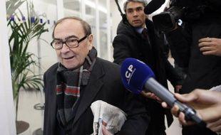 """L'ancien président de la Commission de contrôle des opérations électorales (Cocoe) de l'UMP, Patrice Gélard, accuse dans un livre Jean-François Copé d'avoir ourdi """"un coup monté"""" pour remporter l'élection face à son rival François Fillon."""