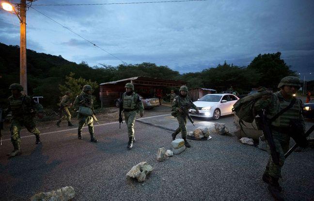 Mexique: La police arrête près de 800 migrants cachés dans quatre camions