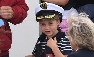 Le Prince George assiste à la King's Cup Regatta à Cowes, sur l'île de Wight, le 8 août 2019.