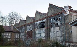 """La Halle de Rouvray, ancien bâtiment industriel dans le 19e arrondissement, restera à l'abandon après l'arrêt du projet """"Manufacture de l'Ourcq""""."""