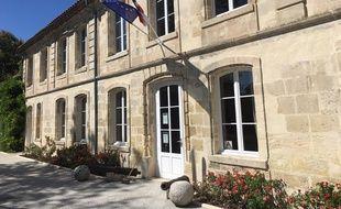 La mairie de Ludon-Médoc (Gironde).
