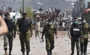 Des policiers au Pakistan, illustration