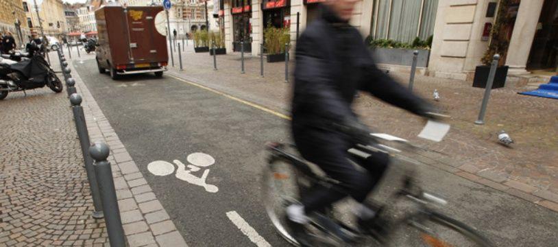 Depuis une dizaine d'années, il existe des contresens autorisés pour les vélos dans les rues à sens unique, à Bordeaux.