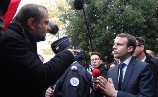 Emmanuel Macron a eu un échange musclé avec Fabrice Lerestif, secrétaire départemental de Force Ouvrière en Ille-et-Vilaine. Ici à Rennes, le 6 novembre 2015.