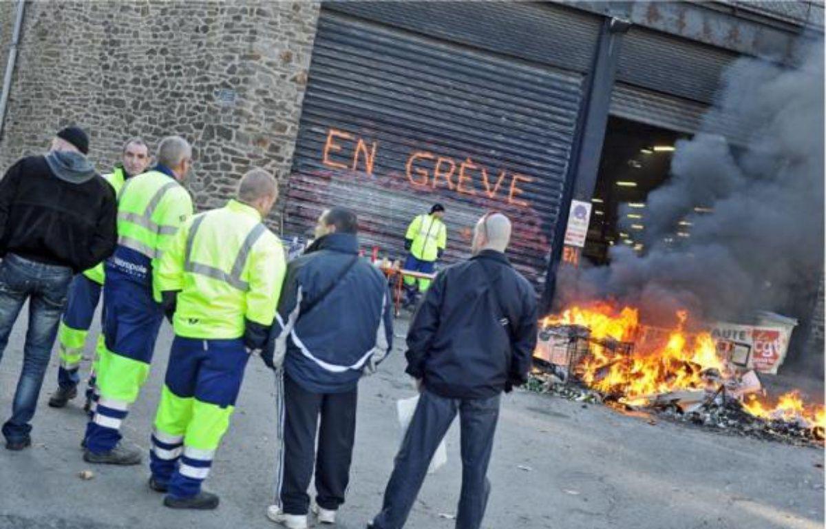 Le blocage du dépôt des camions-bennes de la Morrhonnière devrait être levé ce matin. –  F. Elsner / 20 Minutes