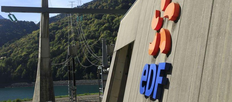 Illustration du barrage de Grand Maison (Isère), exploité par EDF pour la production électrique.
