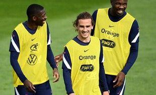 Antoine Griezmann a mis de l'ambiance à l'entraînement à Clairefontaine vendredi.
