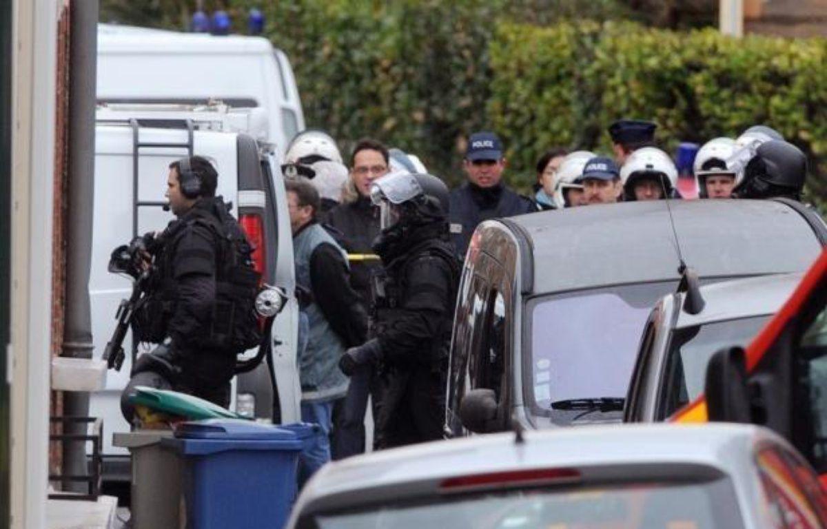 """Le parquet de Paris a ouvert mercredi une information judiciaire contre X, notamment pour """"violation du secret de l'instruction"""", après la diffusion par TF1 d'enregistrements audio entre Mohamed Merah et les policiers. – Philippe Desmazes afp.com"""