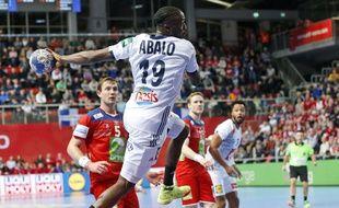 Luc Abalo est titulaire contre l'Autriche