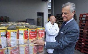 Les raviolis étiquetés pur bœuf qui contenaient des traces de viande de cheval, servis dans les cantines de Bordeaux et Mérignac comme repas de substitution et retirés des stocks, représentent une perte de 15 à 20.000 euros pour les municipalités.