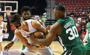 Yabusele, à l'époque sous les maillots des Celtics.