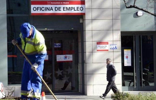Une agence pour l'emploi en Espagne