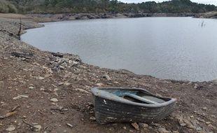 L'assèchement du lac de Guerlédan ne permettra pas de puiser dans cette ressource cet été.