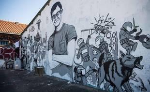 Une oeuvre de street art rend hommage à Steve Maia Caniço, disparu le soir de la Fête de la musique et dont le corps a été retrouvé dans la Loire lundi.
