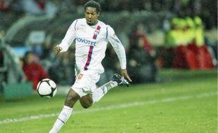 L'Ivoirien, plus gros transfert de l'histoire du club,était pris en grippe par les fans de l'OL.