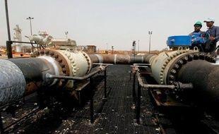 Le Soudan du Sud, qui a un besoin vital de devises, espère reprendre en décembre sa production pétrolière, un an l'après l'avoir arrêtée et s'être privé de 98% de ses recettes, sur fond de différend avec Khartoum, a annoncé le vice-ministre sud-soudanais des Finances, Marial Awou Yol.