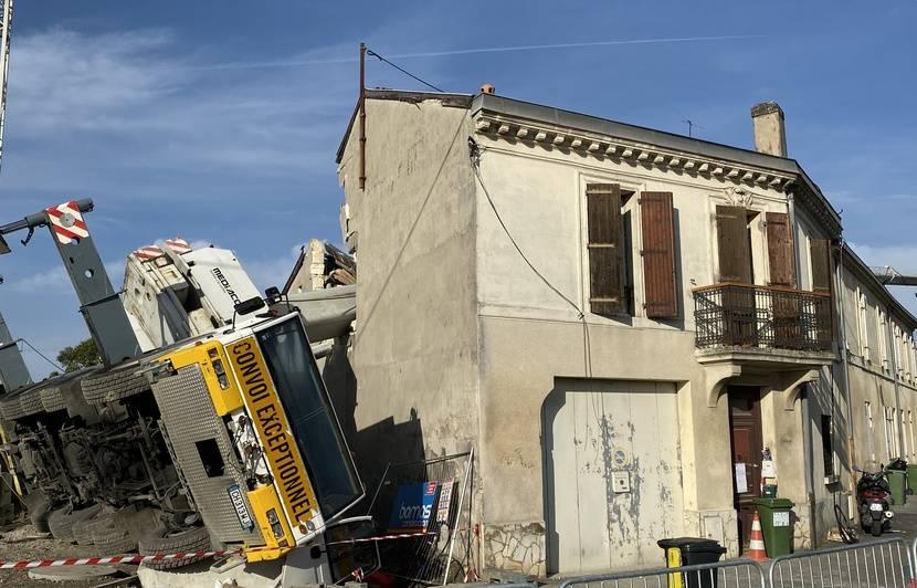 Grue effondrée sur des maisons à Bordeaux : Un collectif alerte sur la « détresse des victimes »