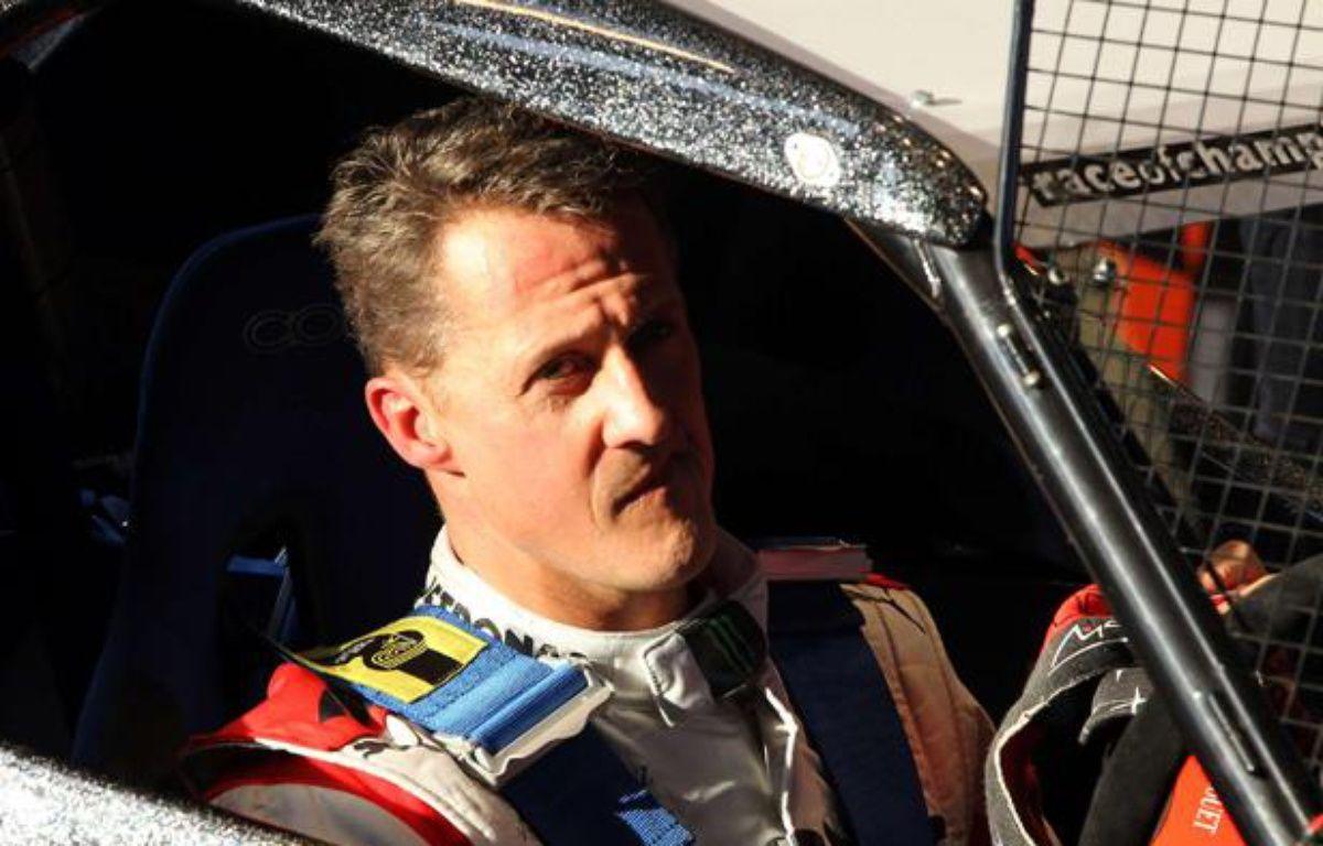 Michael Schumacher lors de la course des champions à Bangkok, le 15 décembre 2012. – Apichart Weerawong/AP/SIPA