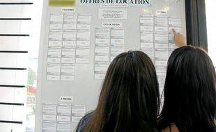 A Nice, le Centre régional information jeunesse dispose encore d'une quarantaine d'annonces de logements étudiants.