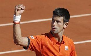 Djokovic serre le poing pendant son match à Roland-Garros, le 3 juin 2015