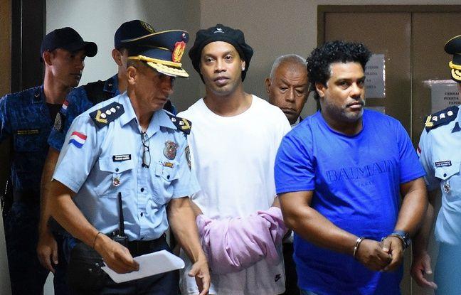 Paraguay: Les avocats de Ronaldinho essayent d'accélérer la libération de leur client