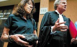 La veuve de José Francisco Andrade Serrano et son avocat, Jean-Marc Rinck, en mai 2011.