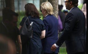 Hillary Clinton a quitté prématurément la commémoration du 11-Septembre à Ground Zero, le 11 septembre 2016.