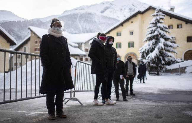 648x415 personnes attendant faire tester zuoz suisse